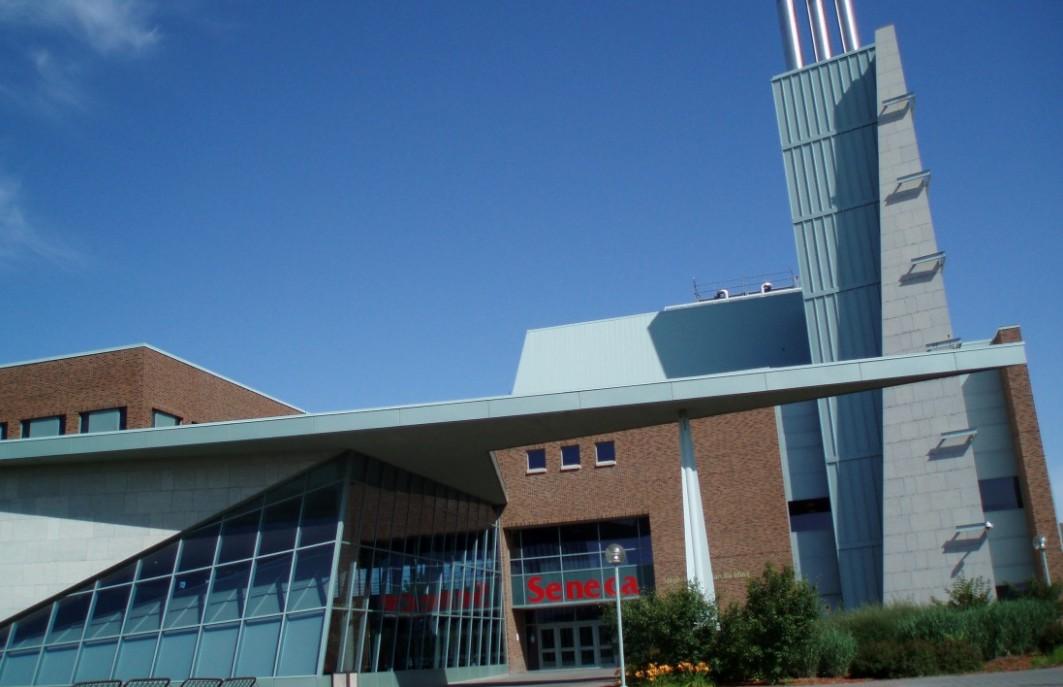 Seneca College в Онтарио