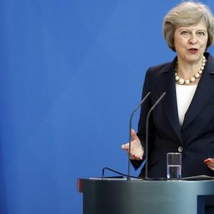 Великобритания ужесточит визовые требования для иностранных студентов