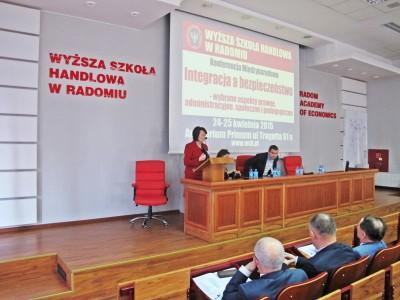 Академия экономики в Радоме - Стипендии