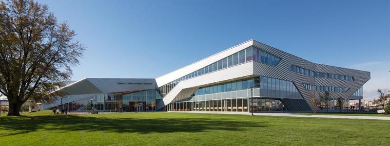 Algonquin College в Канаде