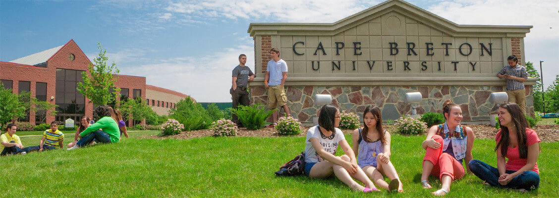Cape Breton University в Канаде