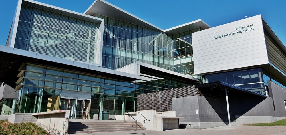 Centennial College в Канаде