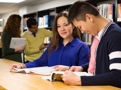 University Canada West в Ванкувере - Курсы английского