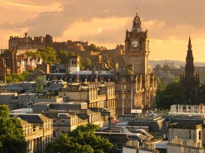 Летние курсы английского для подростков от Kaplan в Великобритании - Эдинбург