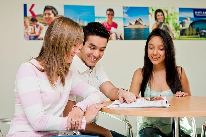 Школа английского языка Kaplan в Мельбурне - Курсы