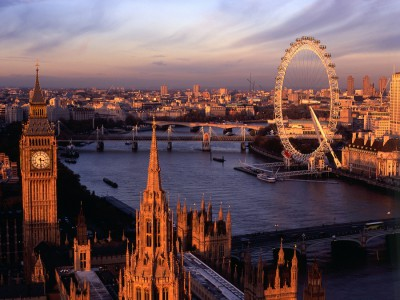 Летние курсы английского для подростков от Kaplan в Великобритании - Лондон