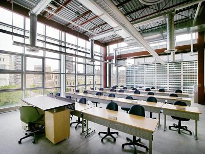 Red River College в Манитобе - Английский