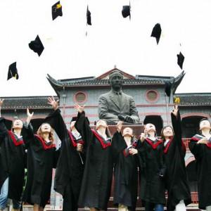 Китай ужесточает требования к иностранным студентам