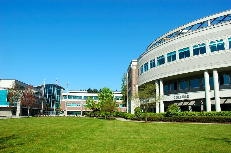 Douglas College в Британской Колумбии - Английский